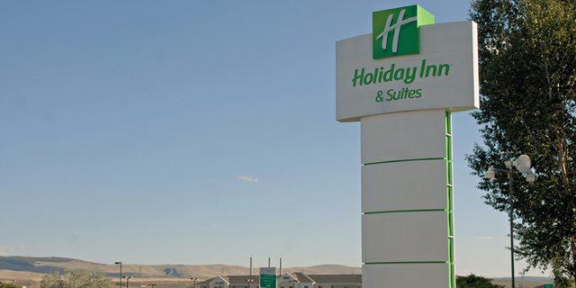 The Holiday Inn of Craig, 300 S. Colorado Highway 13, was put up for auction this week fetching a high bid of $3,050,000. The property is likely not going to change hands, however, because the seller's reserve price was not met.