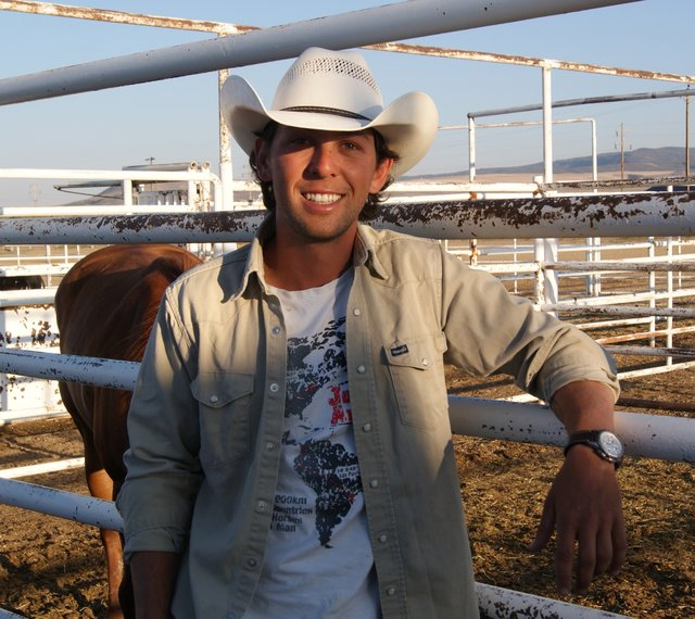 Filipe Leite, who is filming his own documentary on a two year horseback trip from Canada to Brazil, is stopped in Craig for about a week while his horses rest. Riding through 12 countries, Leite is sharing his story through modern mediums such as Twitter, Instagram and an online web series. 