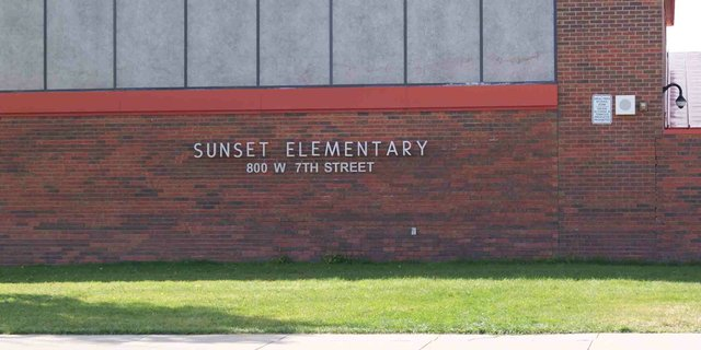 Sunset Elementary School, the only school in the Moffat County School District with a priority improvement rating from the state, hosted a School Accountability Committee meeting Tuesday night. Principal Zack Allen explaind to a group of concerned parents how the ratings are assigned and what the numbers behind Sunset's rating mean.