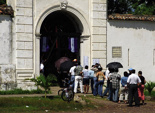 Nicaraguans wait in line at a polling station Nov. 5 in Granada. The building is a Spanish colonial fort dating back to the 1700s.