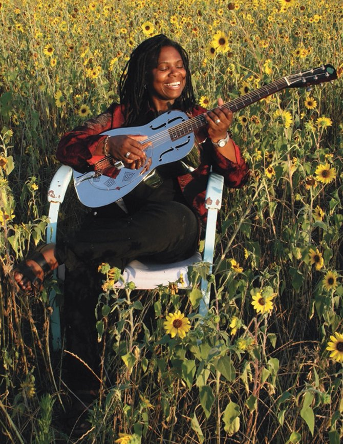 Ruthie Foster will perform this summer as part of Strings in the Mountains' 2008 Different Tempos Series.