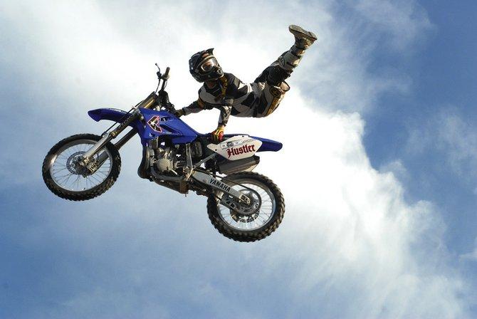 Dirt Bike Tricks Superman dirt bike backflip related keywords ...