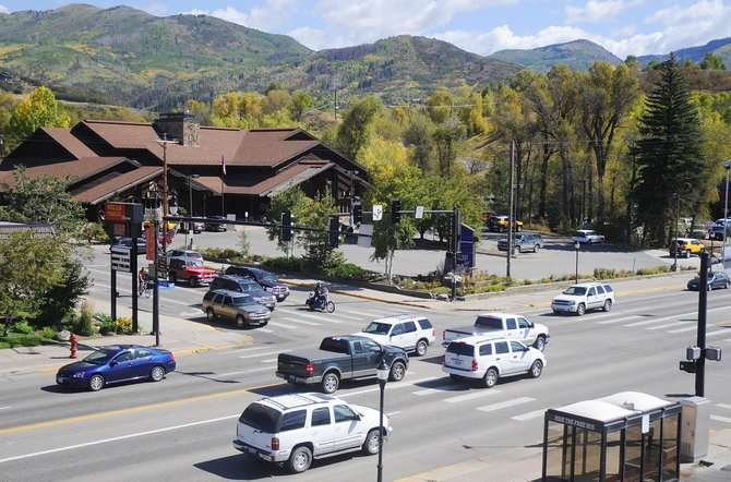 The U.S. Postal Service has decided not to consolidate all Steamboat Springs post office boxes at the downtown location, where traffic is a concern for many residents.