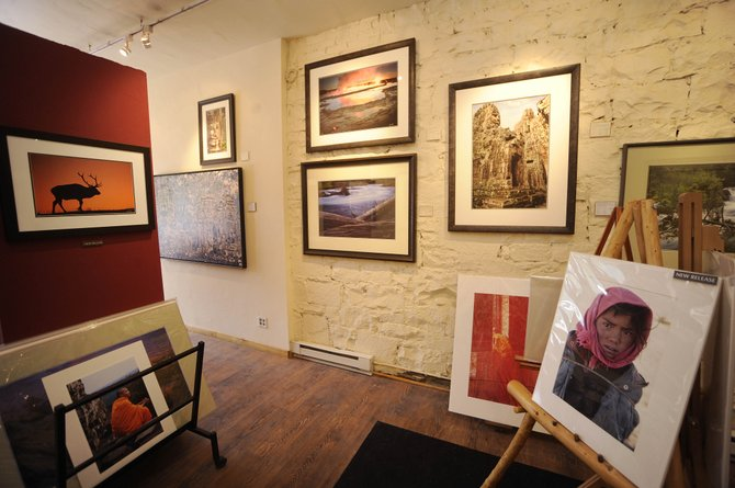Photographer Ken Lee is closing his downtown Steamboat Springs gallery.