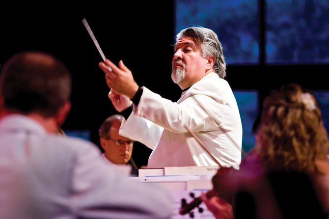 Strings Music Director Andrés Cárdenes will perform four of Vivaldi's most difficult and brilliant violin concertos, titled La Stravaganza, on Saturday with the Strings Festival Orchestra.