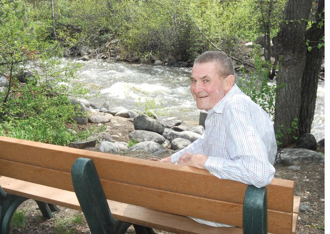 Lifetime Steamboat Springs banker and former Mayor Irlan W. Neas died Thursday. He was 82.