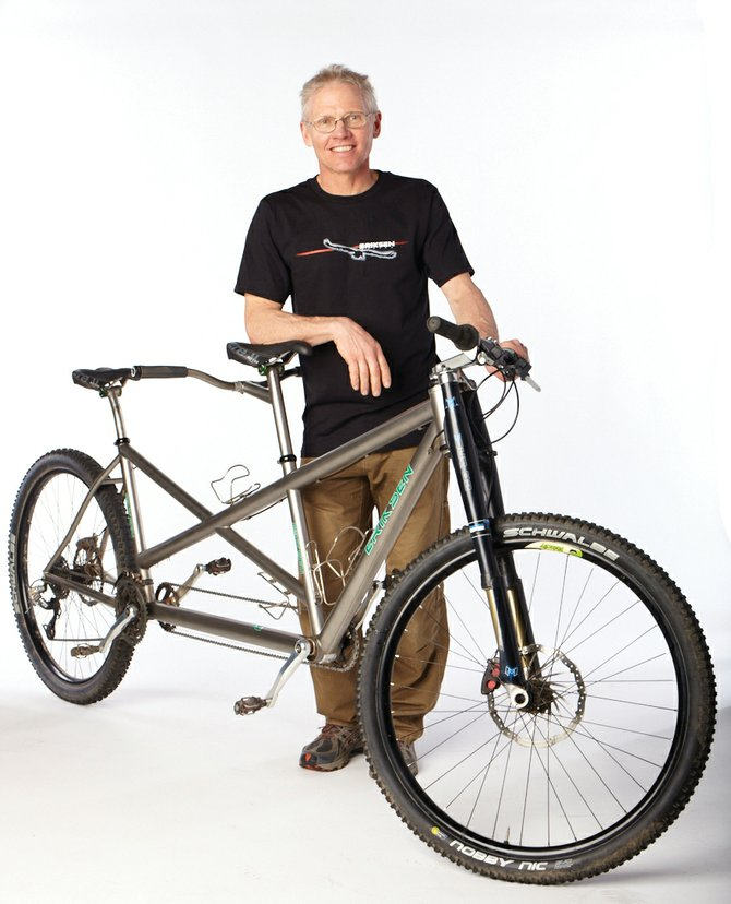 Kent Eriksen's company, Eriksen Cycles, won best tandem bike at the 2011 North American Handmade Bicycle Show in Austin, Texas.