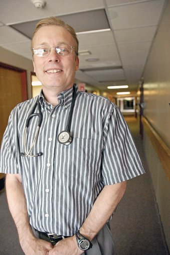 Dennis Kinder, an internist at The Memorial Hospital Medical Clinic, has practiced medicine in Craig for 16 years. Hes developed a base of supporters in that time as well. Craig Daily Press readers voted Kinder the best doctor in Moffat County in the newspapers 2011 Best of Moffat County contest.