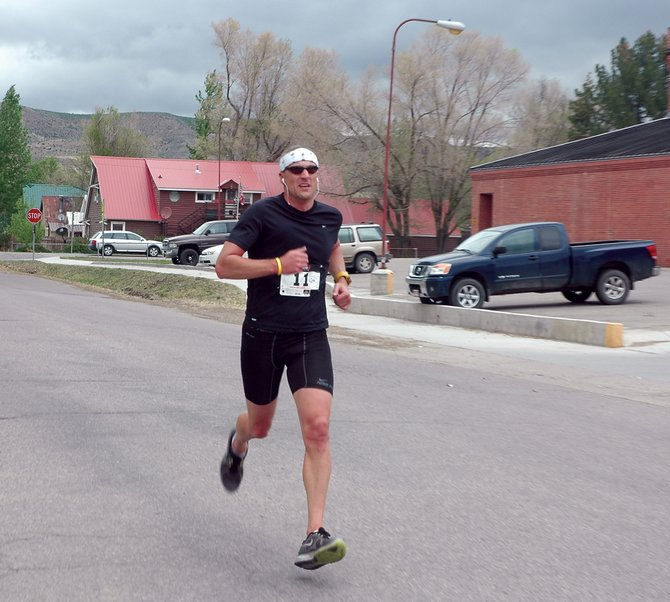 Rob Vermillion hits the home stretch during Saturdays Hayden Cog Run. Vermillion was the first finisher in the 8.4 mile run.
