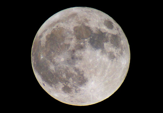 The date of Easter Sunday can be as early as March 22 or as late as April 25, depending on when the first full moon of spring happens. This year, the full moon on April 15 makes our April 20 Easter Sunday one