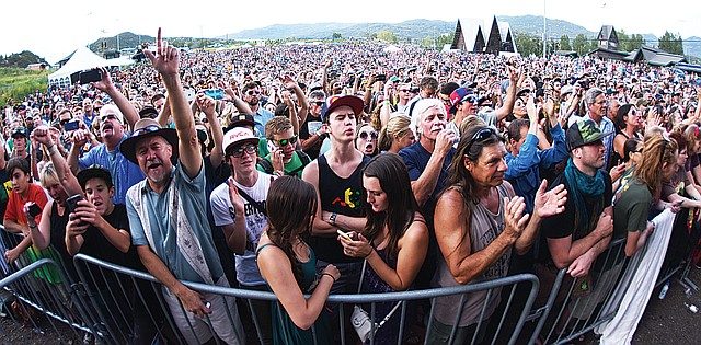 Howelsen Hill was packed with fans eager to see Ziggy Marley during the 2015 Steamboat Free Summer Concert series.