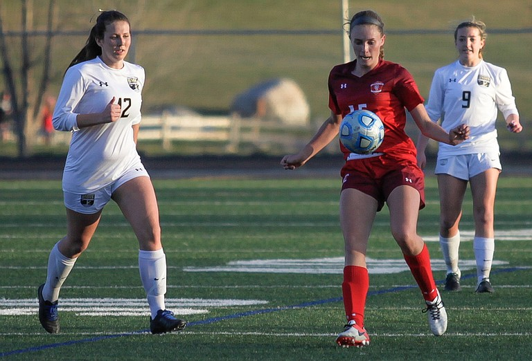 Steamboat's Delaney Moon gets ball control against Battle Mountain on Friday in Edwards. The Sailors lost in double overtime, 2-1.