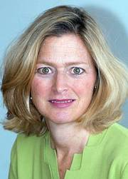 Photo of Suzanne Schlicht